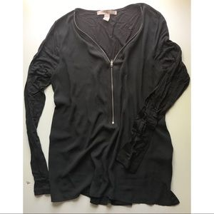 grey v neck zipper long sleeve shirt